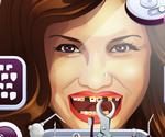 Demi Lovato Dents