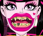 Draculaura Dentiste